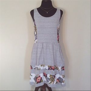 MAISON JULES fit and flare gray floral dress - L